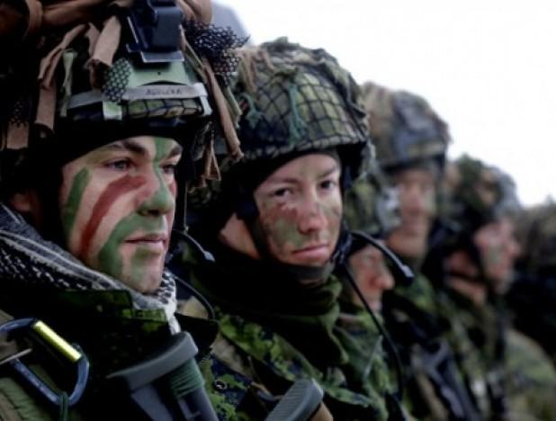 Нидерландские солдаты НАТО